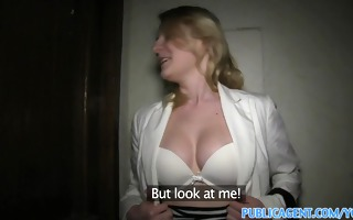publicagent short haired golden-haired has sex to