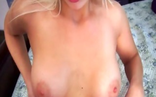 girlfriend is sexy for webcam