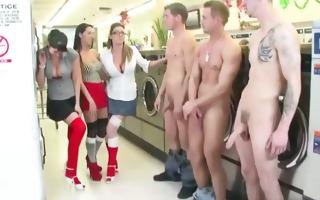 dom ladies receive guys naked in landromat