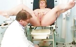 nasty amateur housewife gets her dirty