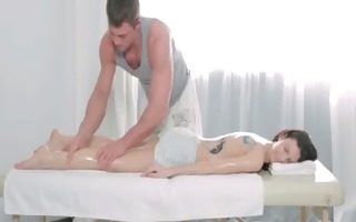 getting a massage and fucking the masseur 29