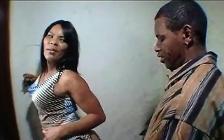 ebony mommy and daughter fuck and suck a lucky