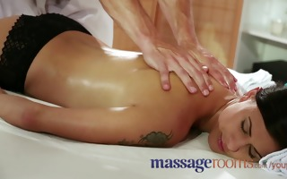 massage rooms large milk shakes beauty has