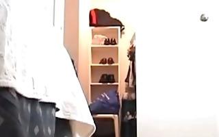 spying my stepsister 19 y exposed in her bedroom