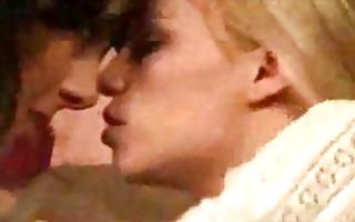 lesbo seduction 07