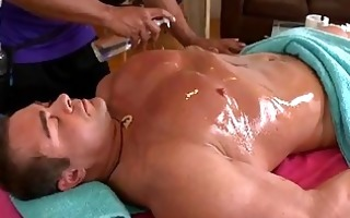 wild hunk acquires a oral job delight from twink