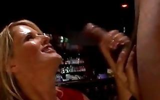 lusty cougar bridgett lee stuffs her throat with